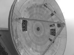Ya se realizan observaciones utilizando el disco interno de 32 metros de diámetro. Los segmentos faltantes serán colocados próximamente.